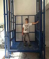 佛山升降货梯 液压升降平台 链条式液压升降货梯