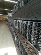 供應高速護欄板,波形板護欄,公路護欄板,公路防撞設施;