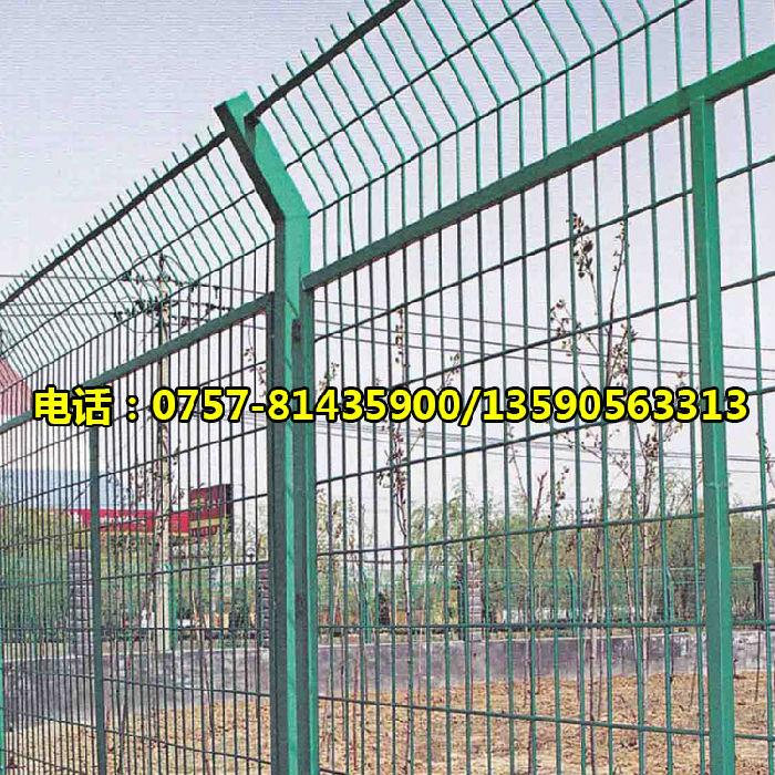 深圳高速公路护栏网、公路护栏网、优质护栏网厂家;
