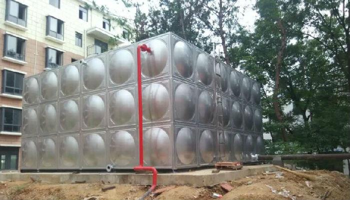 应该如何选择不锈钢水箱厂家;