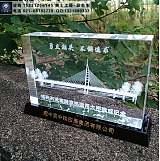 定做金属材质桥梁模型摆件,中建公司项目交流纪念礼品;