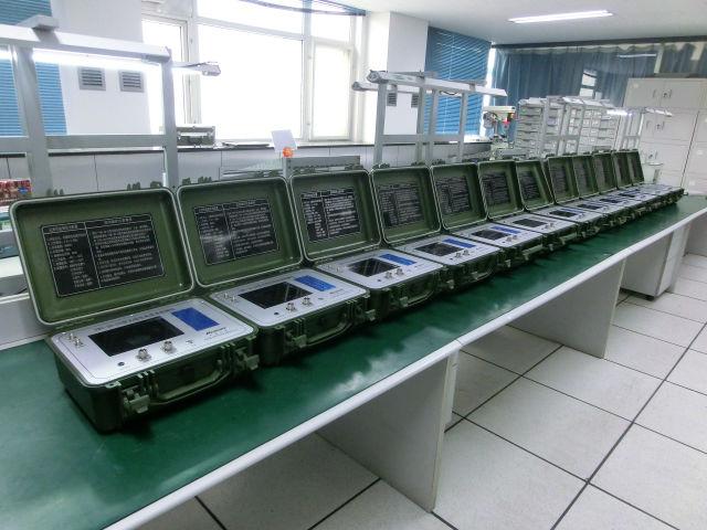 供应无线电高度表模拟器;