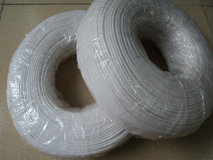 大量供应 绝缘套管 专业生产销售白色PVC穿线管、ROHS/UL认证;