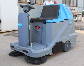 厂家直销 法来利驾驶式洗地机全自动;