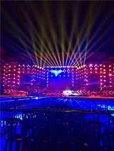 专业舞台灯光楼宇场馆灯光亮化广告设计、安装、维护;