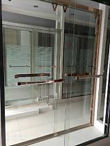 各类淋浴房,高档移门,阳台;
