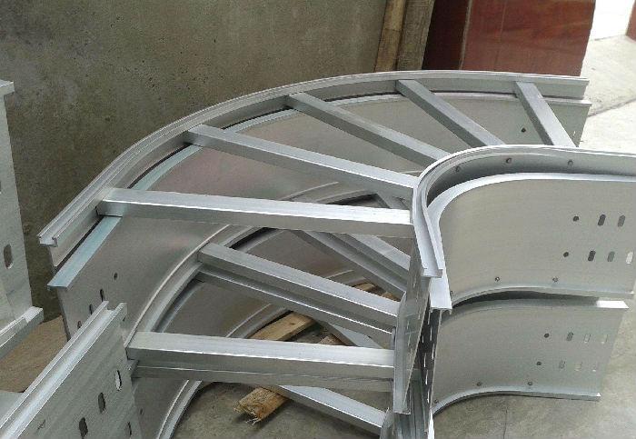 铝合金桥架价格 产品规格齐全 性能完美