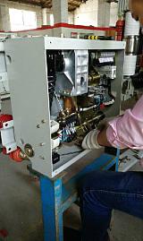 西安高壓開關廠生產ZN68-12/1250真空斷路器,ZN68-12戶內真空斷路;