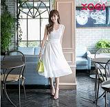 香炫儿女装显瘦又显高,一身长裙流行单品很美