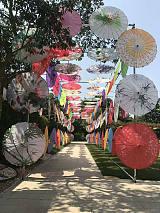 文化古风情七彩油纸伞出租出售