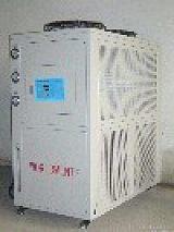 北京環球聯合機電設備有限公司LOGO;